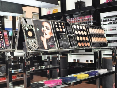 how to start a cosmetic line from home