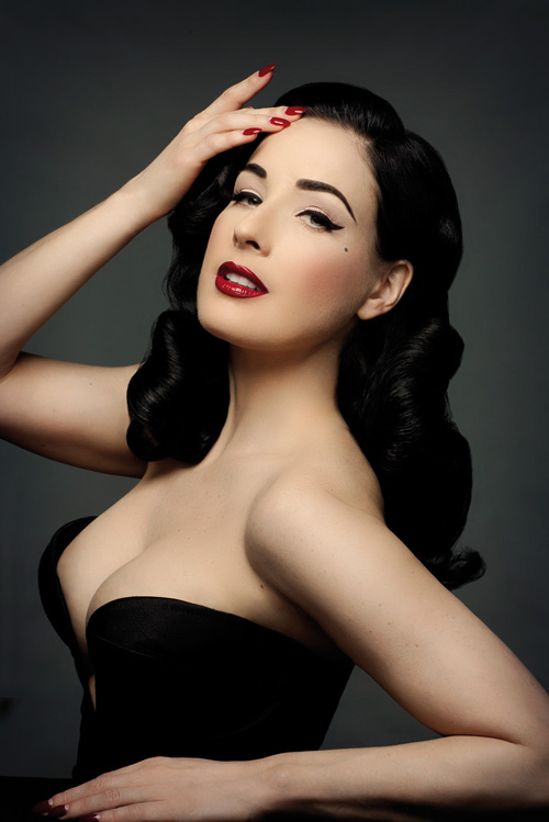 Dita Von Teese To Launch Classic Make Up Collection